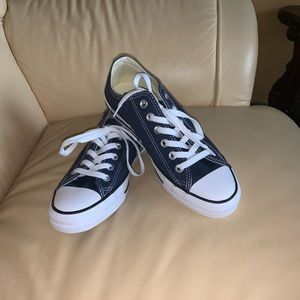 NWOB Converse All Star Navy Sneakers Women Sz 8